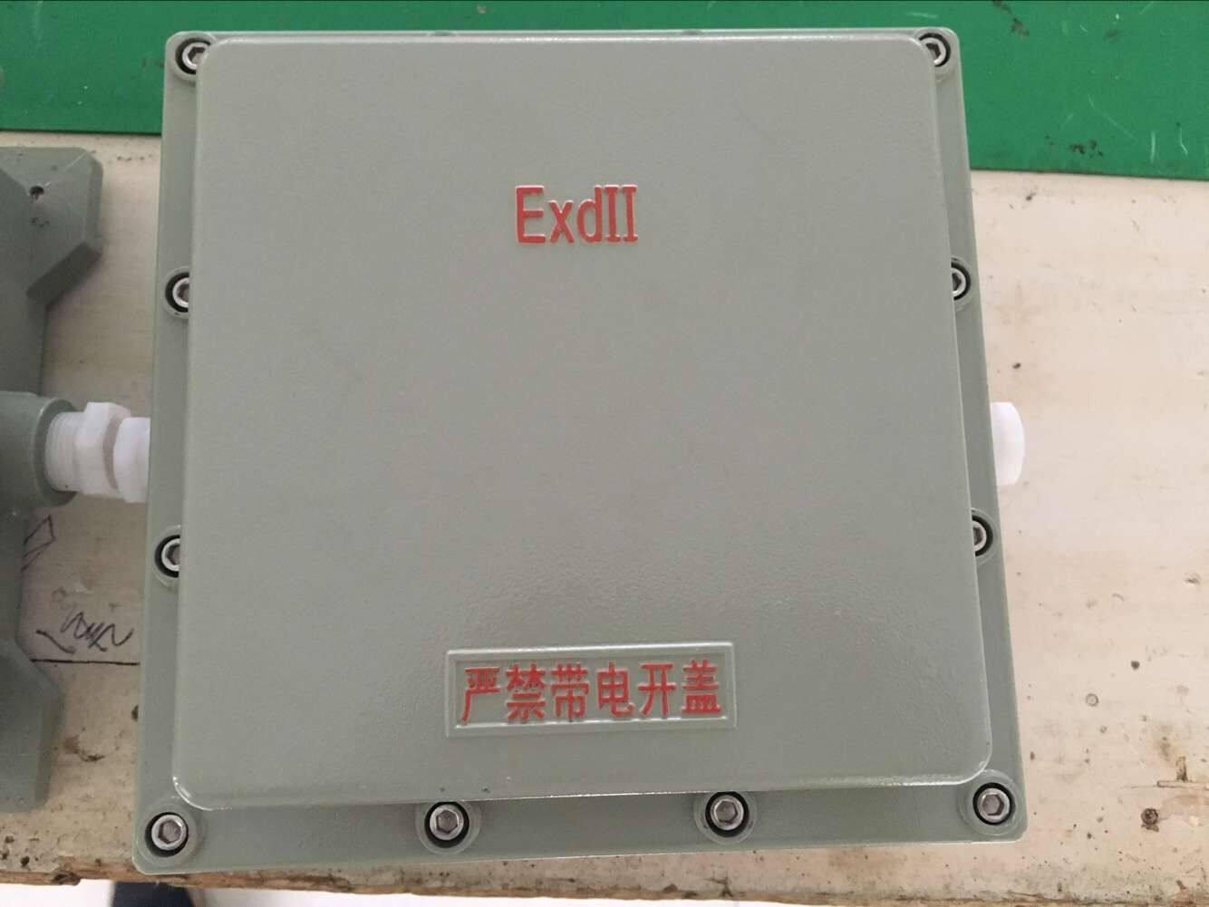 适用于t1-t6组温度组别 bxj51防爆接线箱 产品特点: 1,外壳采用铝合金