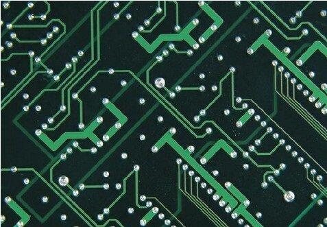 印制电路板的生产企业普遍亮出红灯